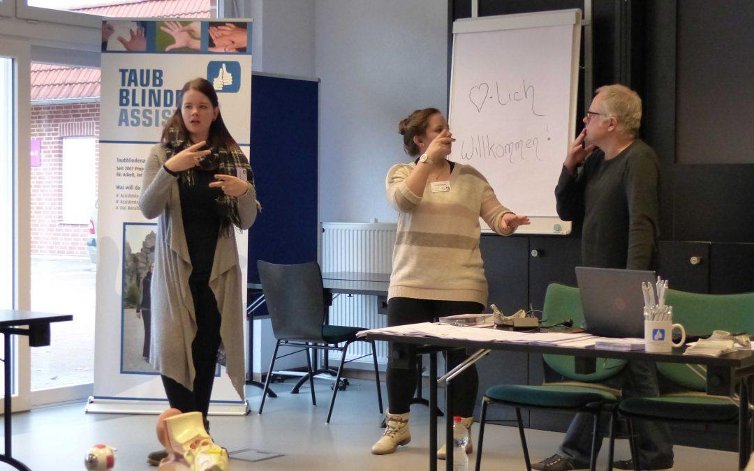 Besuch des Recklinghäuser Gehörlosenzentrums durch die Hörakustik-Oberstufe