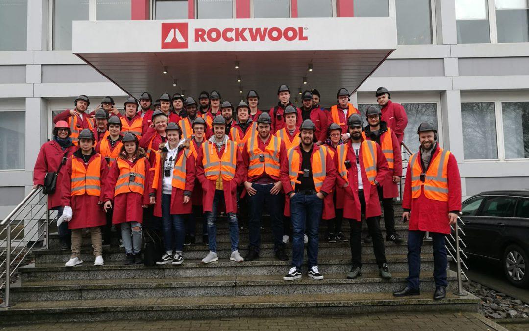Maler- und Lackierer-Oberstufen besuchen die Firma Rockwool in Gladbeck