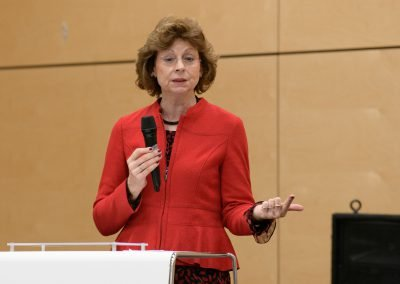 MBBK wird Botschafterschule am 17.01.2020: Frau Herlinger begrüßt die Anwesenden