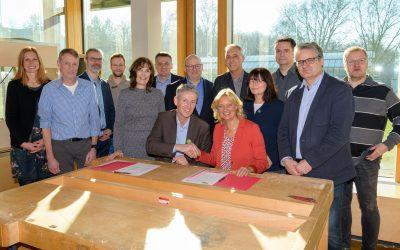Kooperationsvertrag mit der Otto Burrmeister Realschule