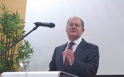 Olaf Scholz am Max-Born-Berufskolleg